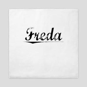Freda, Vintage Queen Duvet
