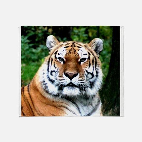 MAJESTIC TIGER Throw Blanket