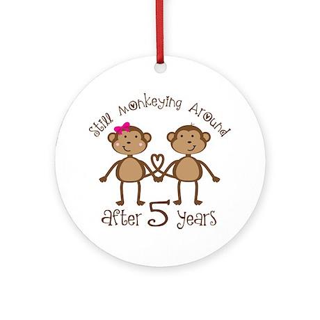 5th Anniversary Love Monkeys Ornament (Round)