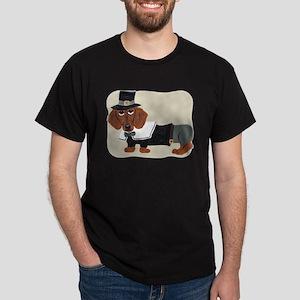Dachshund Thanksgiving Pilgrim Dark T-Shirt