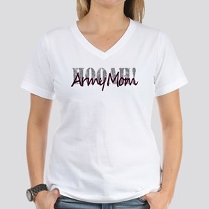 Army Mom Women's V-Neck T-Shirt