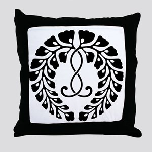 Kujo wisteria Throw Pillow