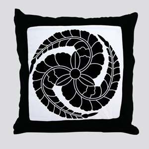 kuroda wisteria Throw Pillow