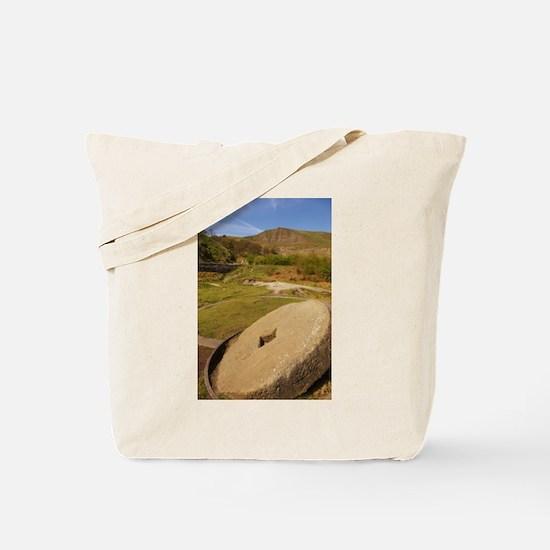 sjohnthing, peak-a-veiw. Tote Bag