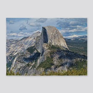 Helaine's Yosemite 5'x7'Area Rug