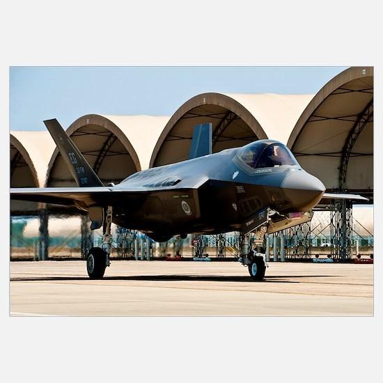 An F-35 Lightning II taxiing at Eglin Air Force Ba