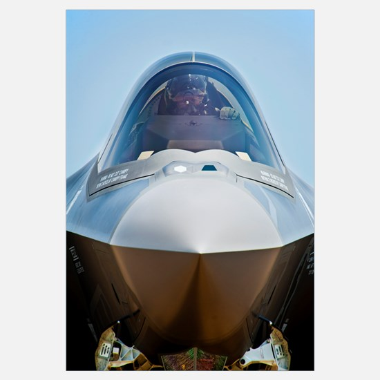 Pilot in the cockpit of a U.S. Air Force F-35 Ligh