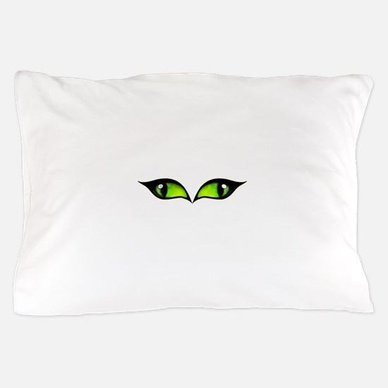 Green eyes vampire Pillow Case