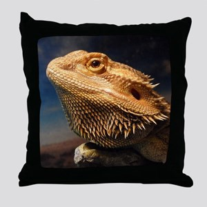 .young bearded dragon. Throw Pillow