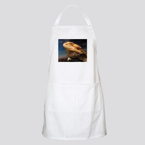.young bearded dragon. Apron