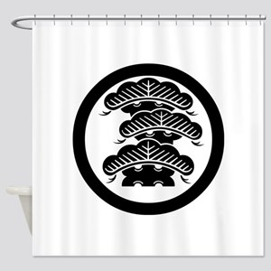 Three-tiered pine R with arashi in circle Shower C
