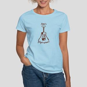 Funny Mom's Wine Corkscrew Fidget Spinner T-Shirt