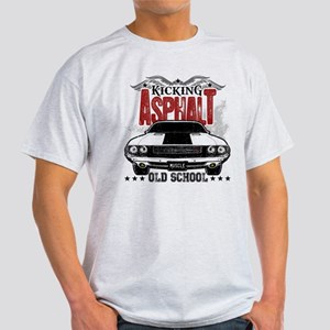 Kicking Asphalt - Challenger Light T-Shirt