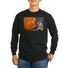 Meerkat Next to Pumpkin Long Sleeve Dark T-Shirt