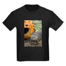 Otter With Pumpkin Kids Dark T-Shirt