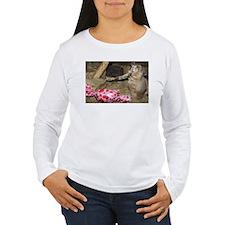 Chipmunk With Present Women's Long Sleeve T-Shirt
