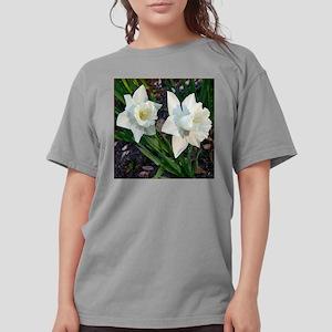 Daffodils2WhiteClose10 Womens Comfort Colors Shirt