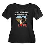 Christmas Love Women's Plus Size Scoop Neck Dark T