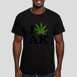 I Love Cannabis Alaska Men's Fitted T-Shirt (dark)