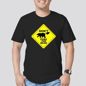 Dont Poke The Bear Men's Fitted T-Shirt (dark)
