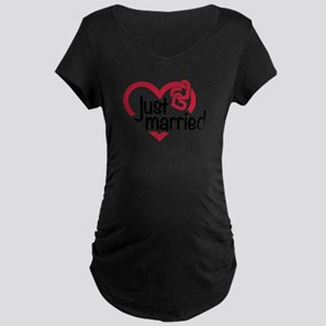 Just married heart Maternity Dark T-Shirt