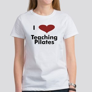 I heart teaching yoga Women's T-Shirt