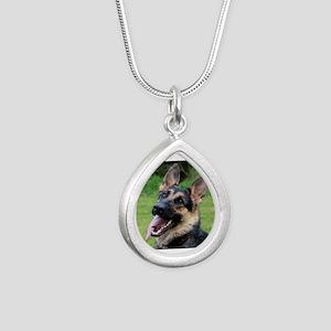 Maddi Silver Teardrop Necklace