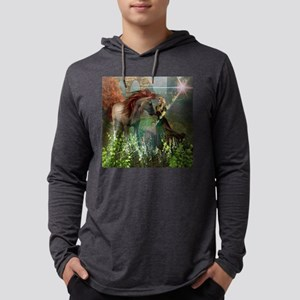 Beautiful elf with her horse  Mens Hooded Shirt