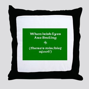 Irisheyescafe Throw Pillow