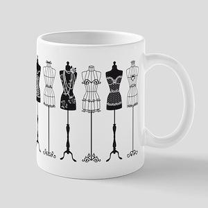 Vintage fashion mannequins silhouettes Mug