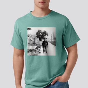 the_kid_messenger Mens Comfort Colors Shirt