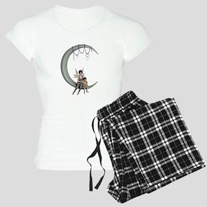 Swing on the moon Women's Light Pajamas