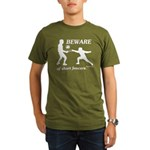 Beware of Short Fencers Organic Men's T-Shirt (dar