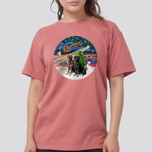 Xmas Magic - Labradors Womens Comfort Colors Shirt