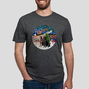 Xmas Magic - Labradors (bla Mens Tri-blend T-Shirt