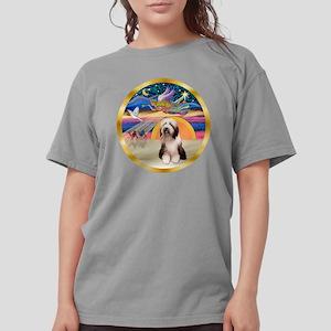 2-W-XmasStar-BeardedCo Womens Comfort Colors Shirt