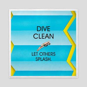 Dive Clean Queen Duvet