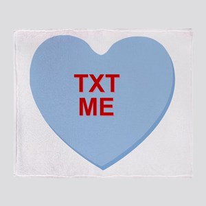 conversation heart - text me Throw Blanket