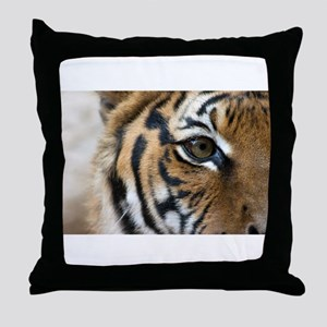 I Survived The 80s!! Throw Pillow
