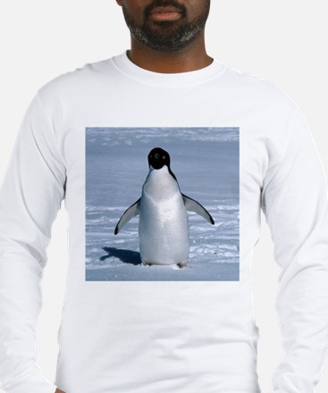 Lone Adelie with background Long Sleeve T-Shirt