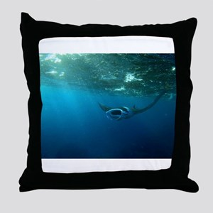 Manta Ray Swims in the water Throw Pillow