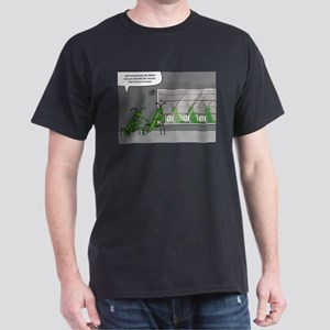 mantis identification Dark T-Shirt
