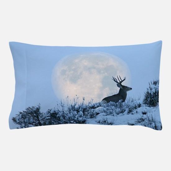Buck deer moon Pillow Case