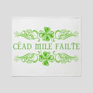 Céad Mile Fáilte Throw Blanket