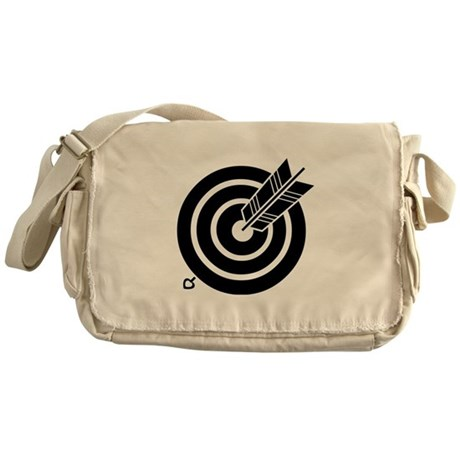 Arrow hit a round target Messenger Bag
