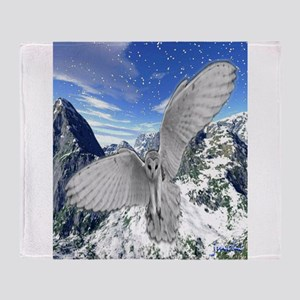 white owl wings oustretched art illustration Stad
