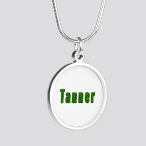 Tanner Grass Silver Round Necklace