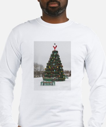 Lobster Trap & Bowie Christmas Tree Long Sleeve T-