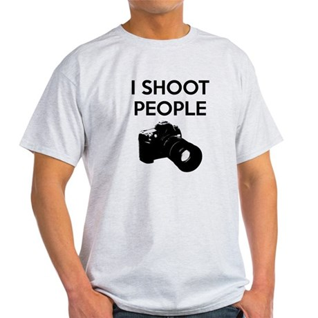 I shoot people - photography Light T-Shirt