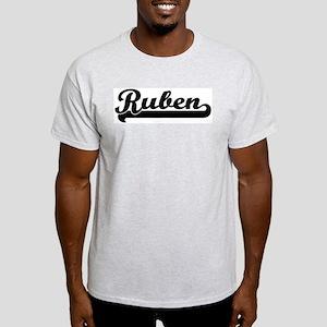 Black jersey: Ruben Ash Grey T-Shirt
